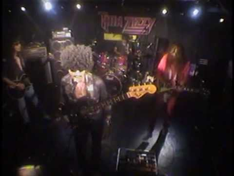 Thin Lizzy - Massacre - by Thin Zizzy mp3