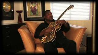 The GB30TH: The Gold Standard of Jazz Guitars