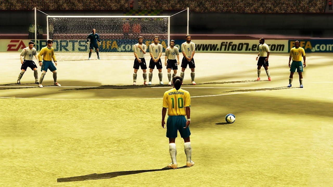 1994'ten 2021'e FIFA'da frikikler Videosu