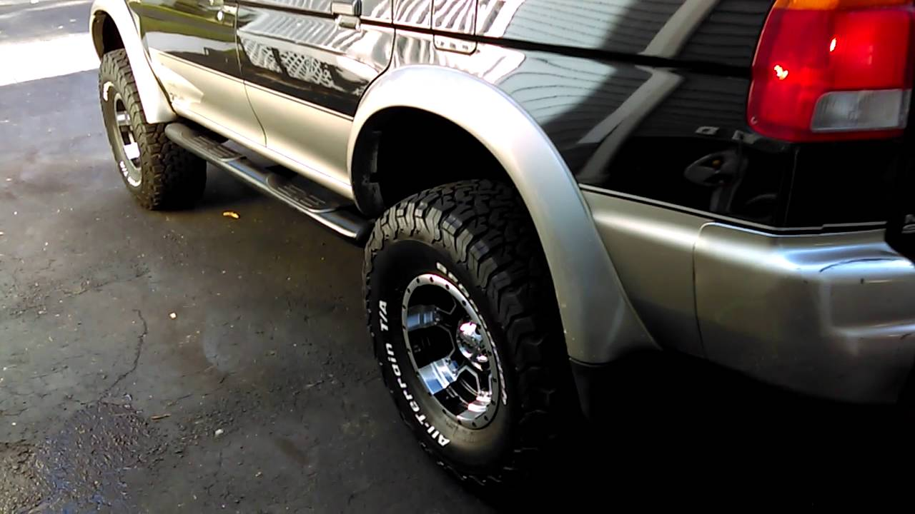 mitsubishi montero sport lifted with 33