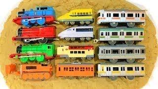 きかんしゃトーマス 電車 新幹線 プラレールで砂のパズル 名前をおぼえよう♪おもちゃ 子供向け トミカ