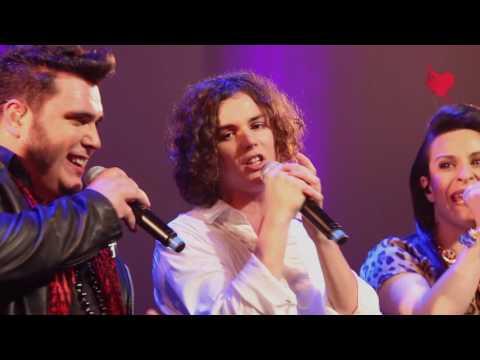 Les Maudits Mots d'Amour [Live] (Le Rouge et Le Noir)