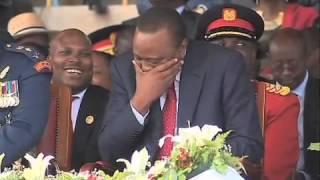 Uhuru Caught On Camera Singing To Sauti Sol