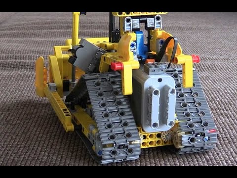 Lego 42028 Bulldozer motorized  and Remote-Controlled
