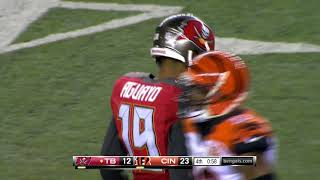 Roberto Aguayo misses two kicks vs Bengals