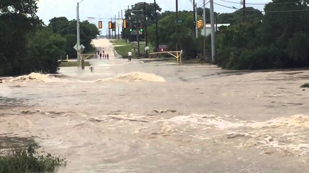 San Antonio Flooding May 2015 Youtube