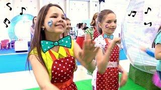 Лучшие подружки Настя и Света на фестивале Мультимир
