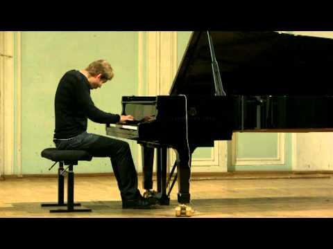 Rachmaninoff Prelude op.32 no. 13 Des-dur