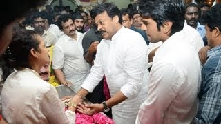 Repeat youtube video Celebrities Pay Homage To Srihari