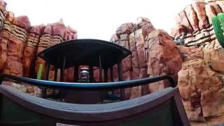360 VR Ride | Disneyland Paris | Big Thunder Mountain Railroad | Ride on Attraction | In/Outdoors
