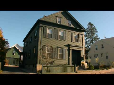 A Look Inside the HAUNTED LIZZIE BORDEN Bed & Breakfast from YouTube · Duration:  3 minutes 26 seconds