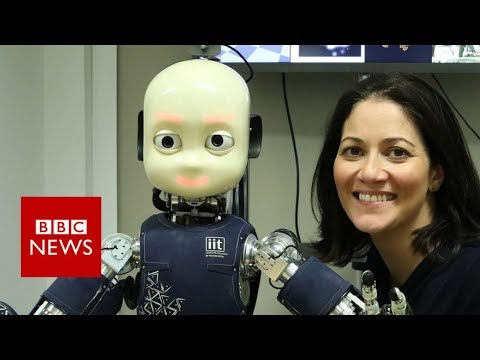 'A conversation with myself, as a robot' - BBC News