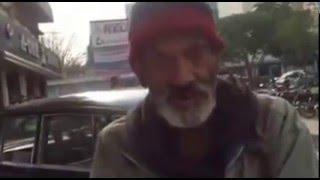 a bagger speak in english very fast in pakistan