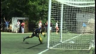 В Днепропетровске прошли стыковые матчи в высшей лиге ДЮФЛ(, 2014-06-26T07:29:58.000Z)