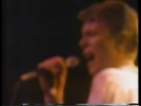 David Bowie-Suffragette City mp3