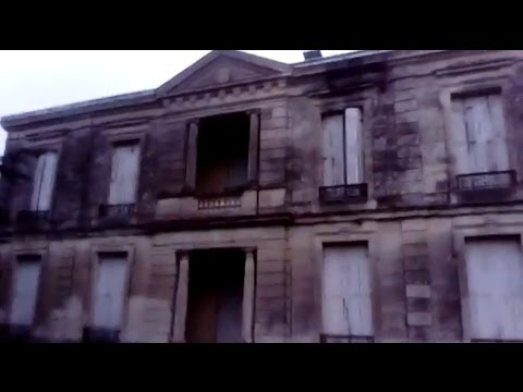 URBAN EXPLORATION - Abandonned Mansion in Bordeaux - France