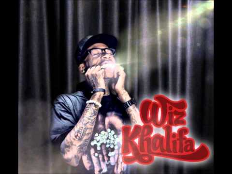 Wiz Khalifa- Fly Solo [Official Video]