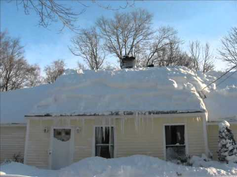 Time Lapse Clearing Snow Off Roof Youtube