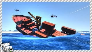 CONTAINER SHIP SINKING IN SEA