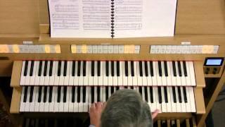 Hector Olivera apresenta o órgão clássico Roland C-330