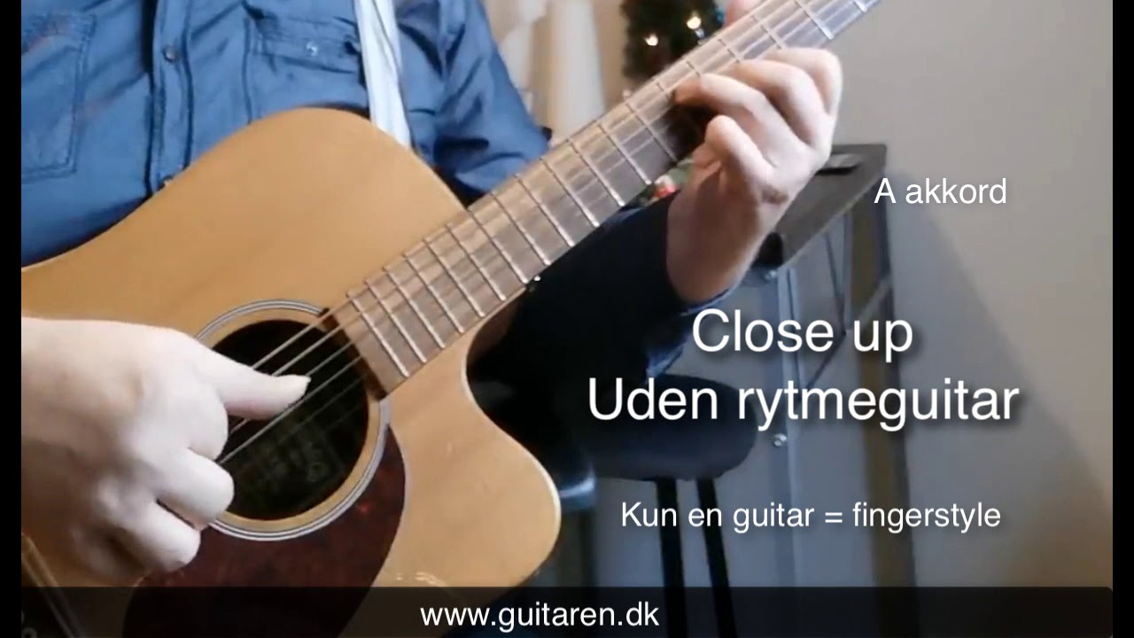 Lær at spille Glade jul/Silent night som fingerstyle