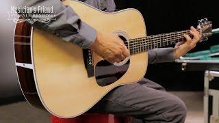 Martin Standard Series HD-28 Standard Dreadnought Acoustic Guitar Resimi