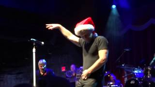 Jon Bon Jovi & KOS - Blue Christmas (Las Vegas) Dec 9th 2014