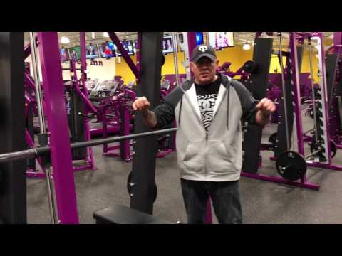 Planet Fitness Smith Machine – How to use the Smith Machine for the bench press at Planet Fitness