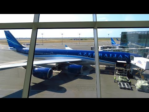 FLYING THE LAST A340-500! Azerbaijan Airlines FANTASTIC flight from Istanbul to Baku (VLOG)