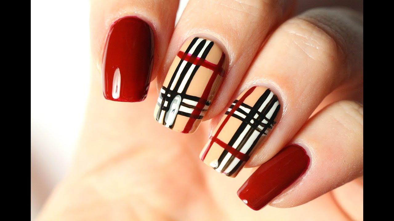 Un nail art Burberry très facile