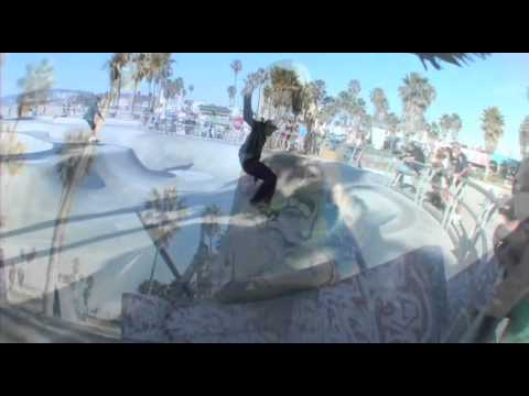 Venice Beach: Waves, Skaters, Graff Art