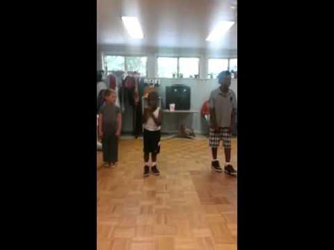 Teachin kids hiphop dance class at cutno