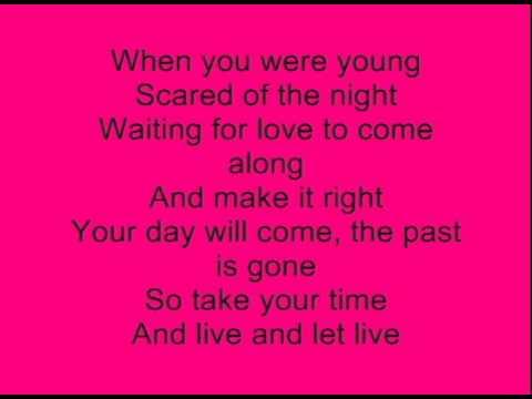 Something Bout' Love- David Archuleta   + Lyrics