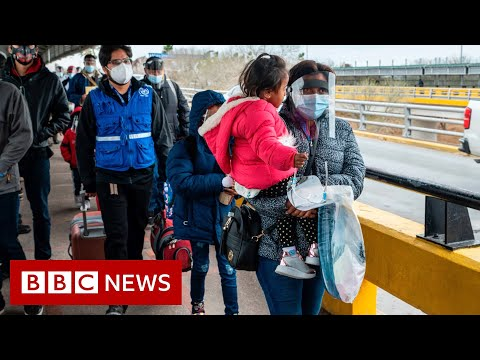 Thousands of asylum seekers cross US-Mexico …