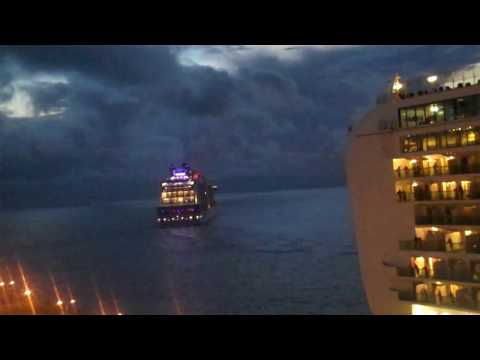 St. Maarten RC Adventure Ship leaving the Land together with RC Quantum