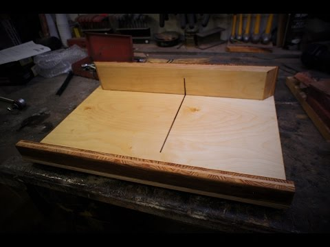 Crosscut sled for Harbor Freight (or any) table saw out of baltic birch plywood and flooring offcuts