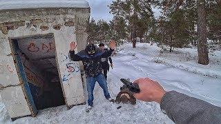 Нарвались на бандитов на заброшенной военной базе. Чудом спасли друга