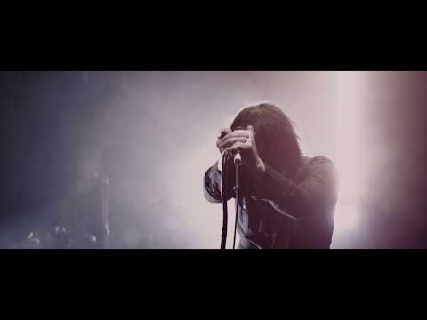 Lluther 'Turning To Dust' Live