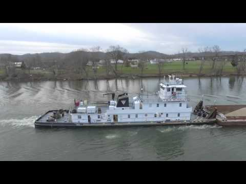 ohio river footage of barge