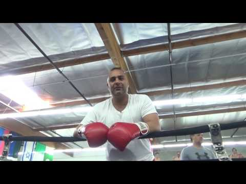RGBA oXNARD RUSSELL PETERS IN THE HOUSE EsNews Boxing