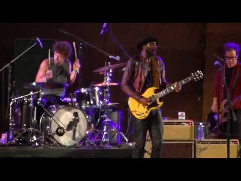 Gary Clark Jr at Chicago Blues Festival,Jay Pritzker Pavilion,Sun June 11 2017 part 1