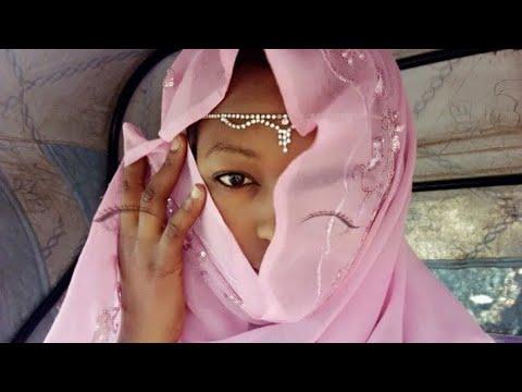 (Musha Dariya) Kalli Yadda Take Sayar Da Kayan Batsa A Pharmacy video 2018 thumbnail