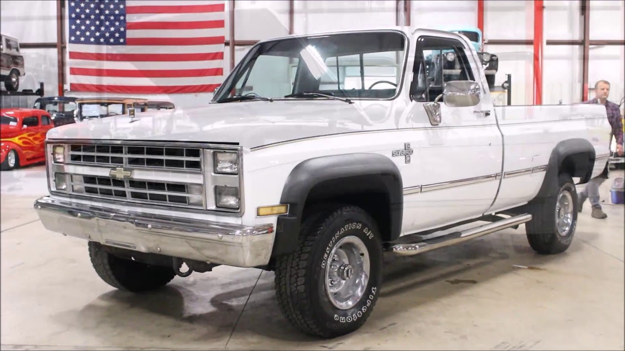 1986 Chevy K10 White