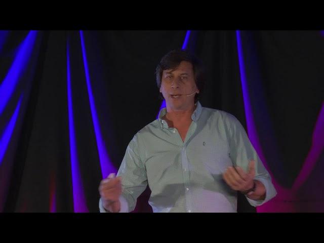 ¿Por qué salvar al macá tobiano? | Hernan Casañas | TEDxSanIsidro