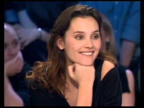 Virginie Ledoyen & Arié Elmaleh - On n'est pas couché 17 février 2007 #ONPC