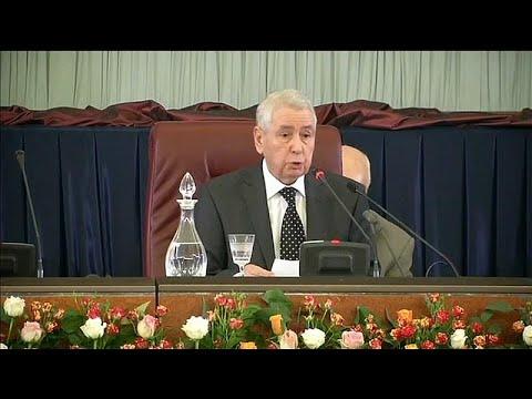 من هو رئيس مجلس الأمة الجزائري الذي من المتوقع أن يقود البلاد مؤقتاً؟…  - نشر قبل 2 ساعة