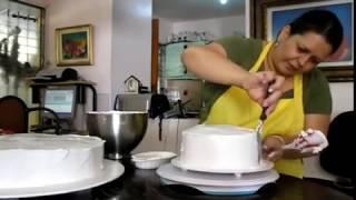 reposteria delsy [como decorar un bizcocho en 3 min.]