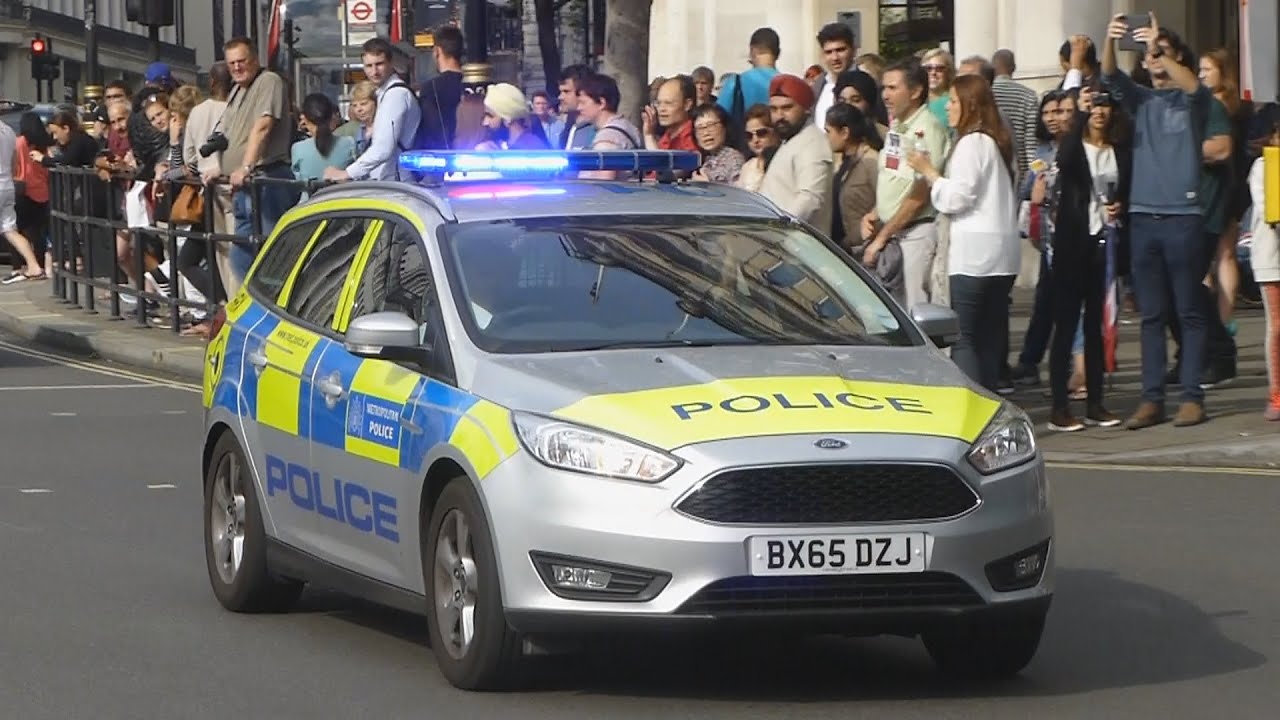 Metropolitan Police 2X New Ford Focus Estate Incident Response Vehicles Responding & Metropolitan Police 2X New Ford Focus Estate Incident Response ... markmcfarlin.com