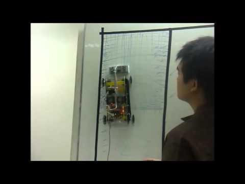 หุ่นยนต์ไต่ผนังสำหรับลบกระดานขาว