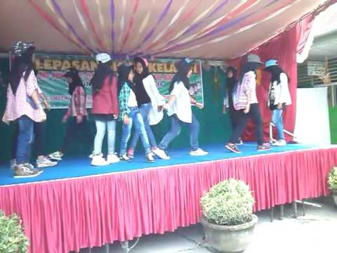 Good boy cover dance anak sd